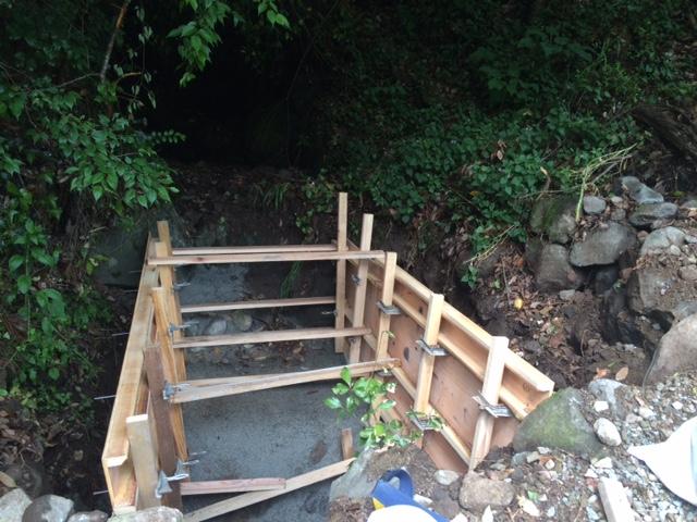 裏迫川のコンクリート舗装工事