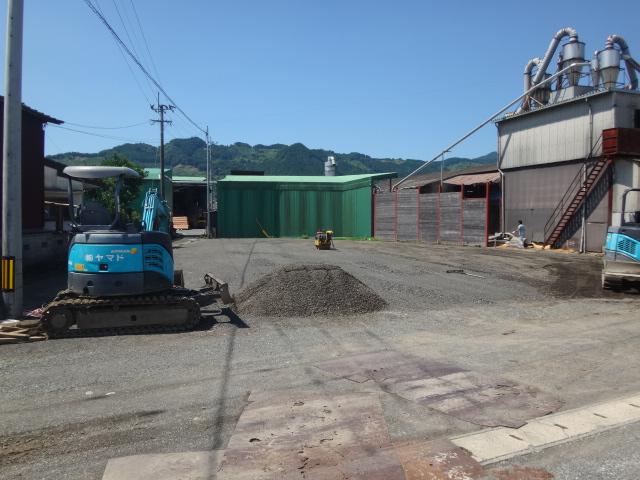 敷地整備工事