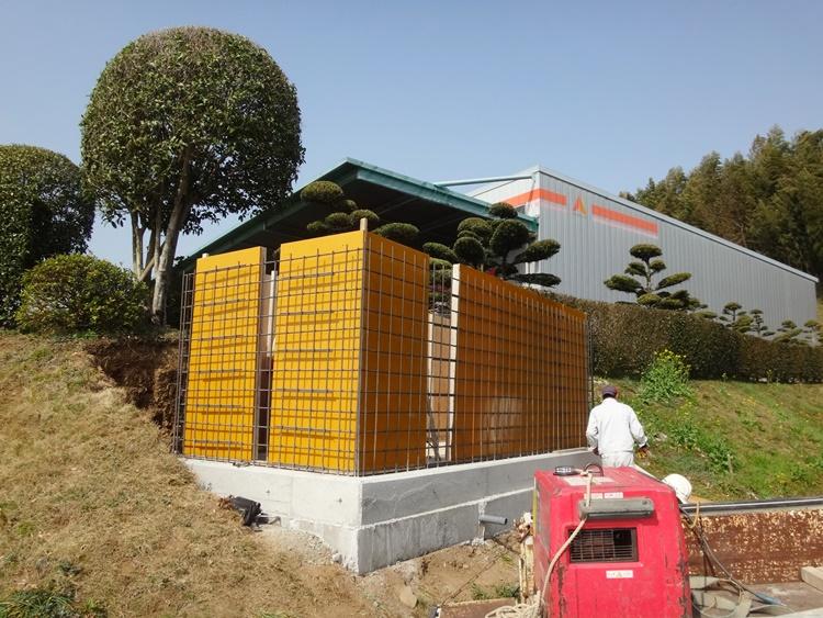 水槽の設置工事