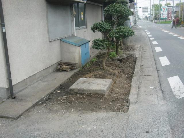 民家のブロック塀工事