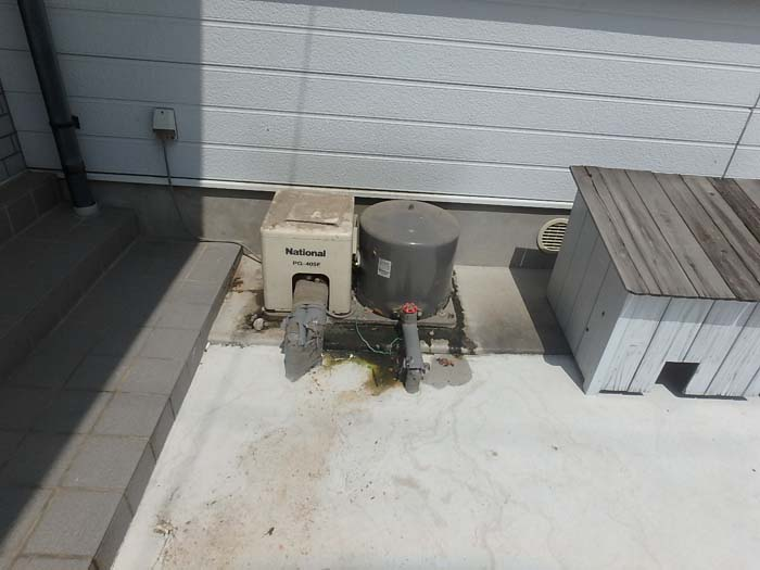 旧井戸ポンプ