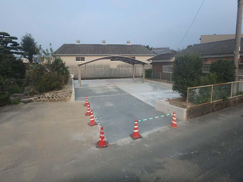 駐車場 カーポート コンクリート舗装 現場打擁壁