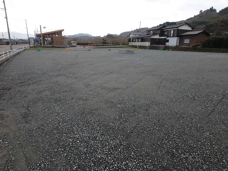 駐車場 店舗 増設